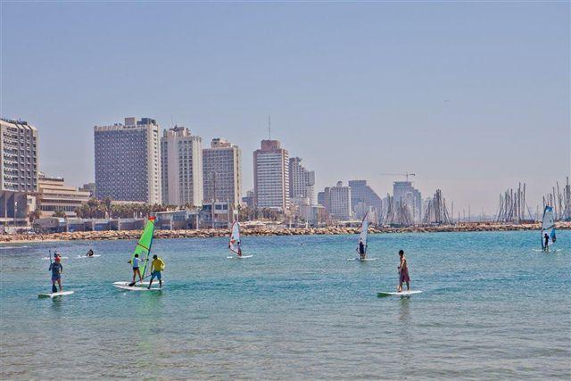 1928_ Surfing _ Tel Aviv_norm[1].jpg